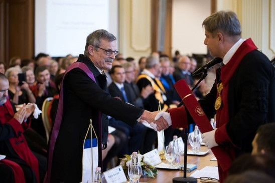 Frank Wuytack is awarded the degree of Doctor Honoris Causa