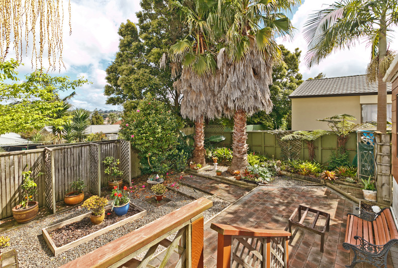 017_Open2view_ID380517-268a_Forrest_Hill