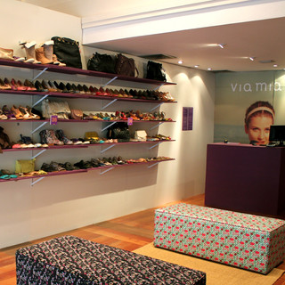 Pop Up Store - Via Mia.jpg