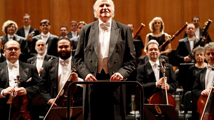 Maestro Isaac Karabtchevsky e a Orquestra Petrobras Sinfônica
