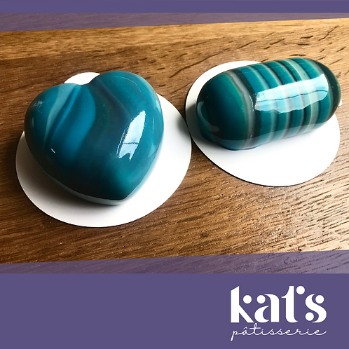 Kat's pâtisserie Mousse cakes (small box)