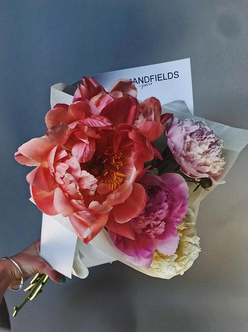 Grandfields Florists 'Pot Luck' bunches