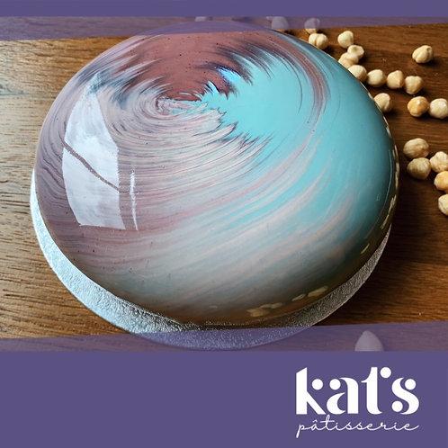 Kat's Pâtisserie  Salted Caramel Cake - 10 Slices