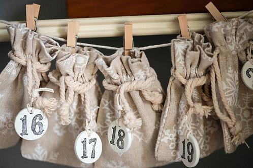 Chokoleti  - Cream Linen Advent Calendar