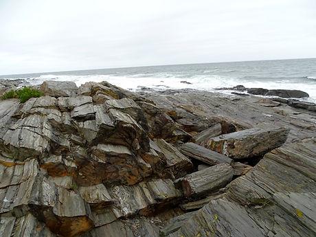 Rocks-CapeLiz_ME.jpg