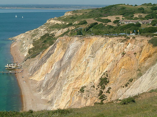800px-Isle_of_Wight_-_the_Needles_02.jpg