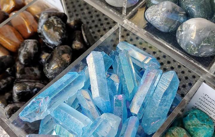 Aqua Aura Crystal Points