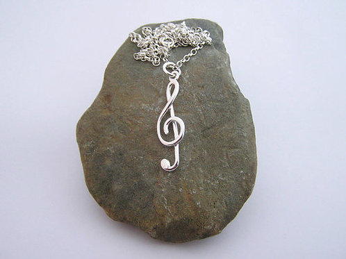 Treble clef pendant (medium)