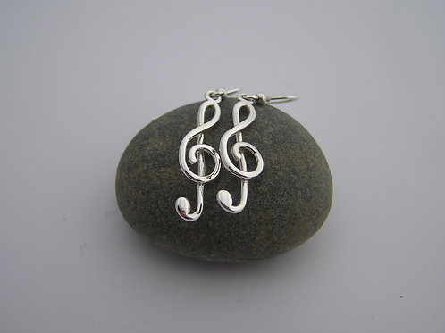 Treble clef drop earrings (medium)