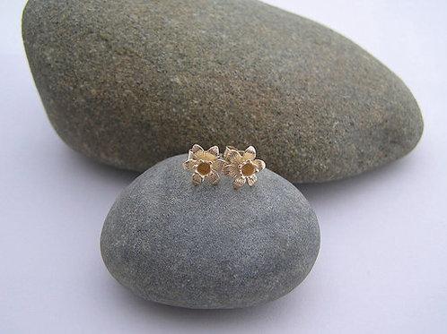 9ct gold daffodil earrings