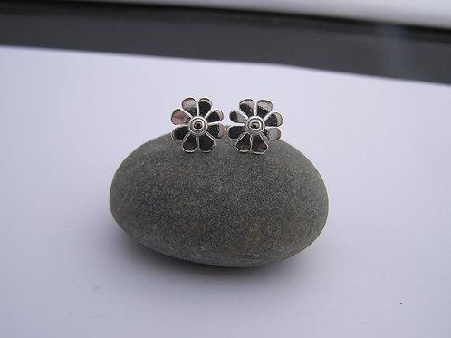 Daisy stud earrings (mirrored)