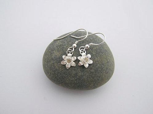 Daffodil drop earrings