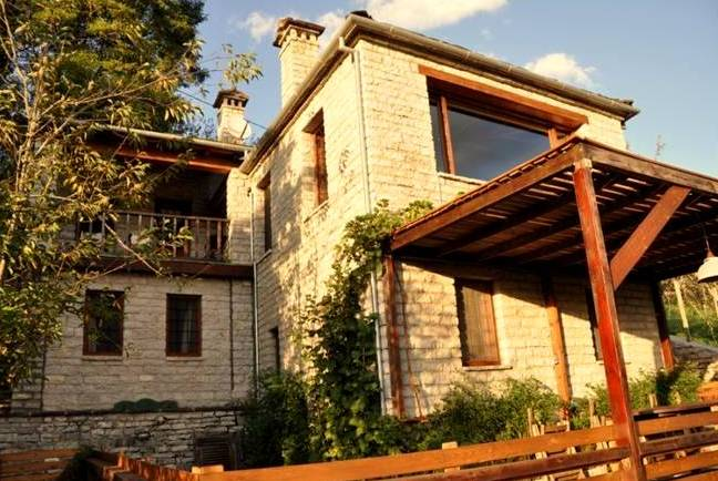 STONE-VILLA-FOR-RENT-KOUKOULI-ZAGORI-GREECE