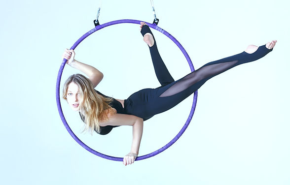 woman doing aerial hoop