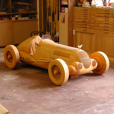 木製レーシングカー