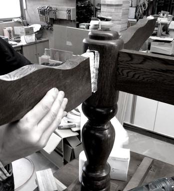 テーブル脚の修理