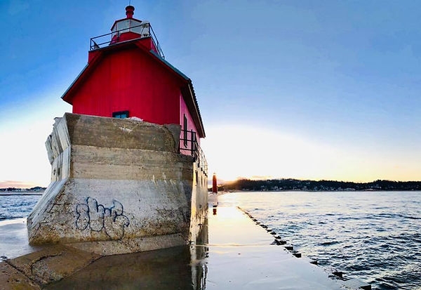 Grand-Haven-Lighthouse.jpg