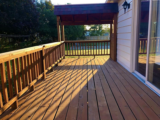 Deck-Staining-In-Grandville.jpg