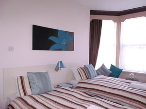Jasmine Guest House Twin Room First Floo