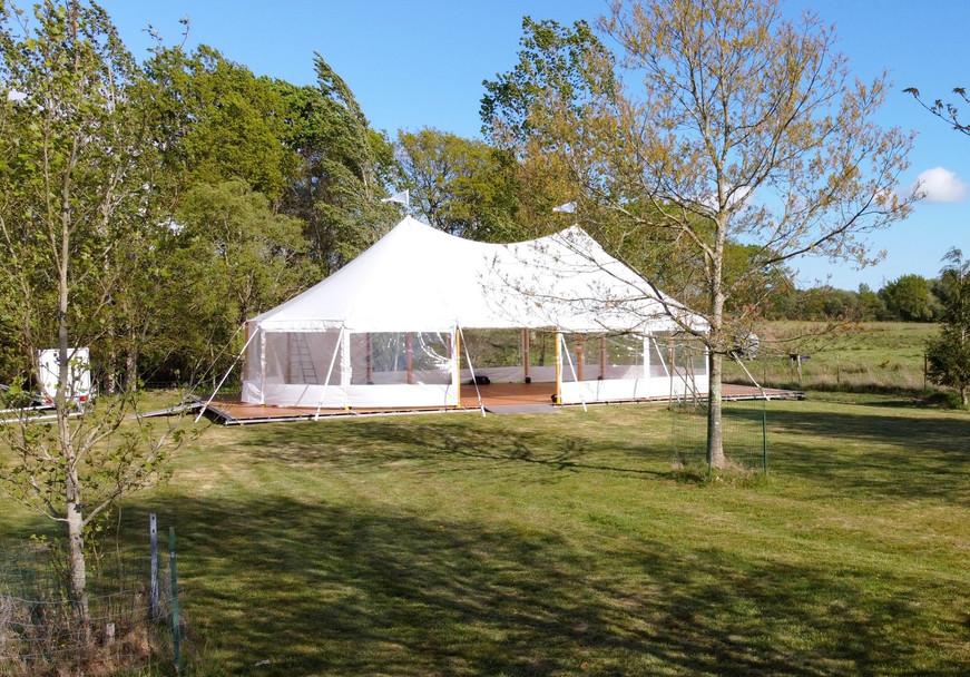 Location de tente spectacle avec Breizh Loue
