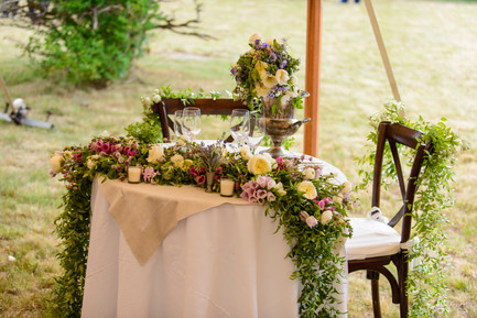 The bride and grooms table at a wedding in Chilmark photo by David Welch Photography