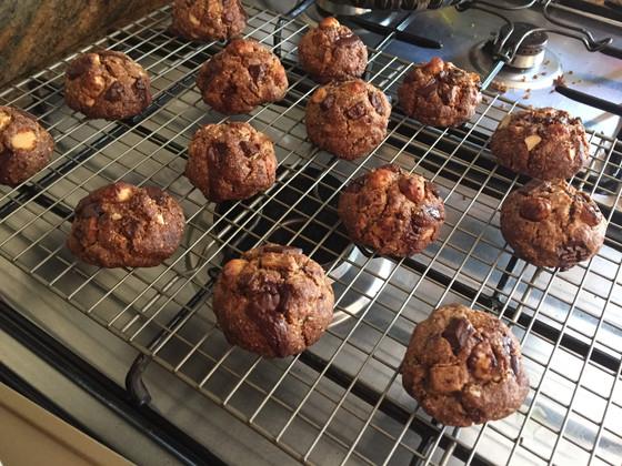 "Paradise Found: Chocolate Macadamia ""Island"" Cookies"