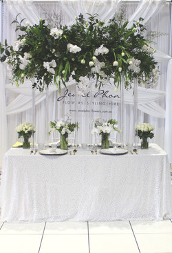 White Luxe Expo Stand
