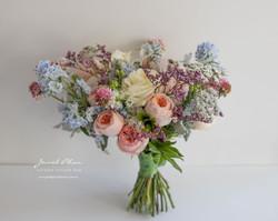 Auntora Bouquet
