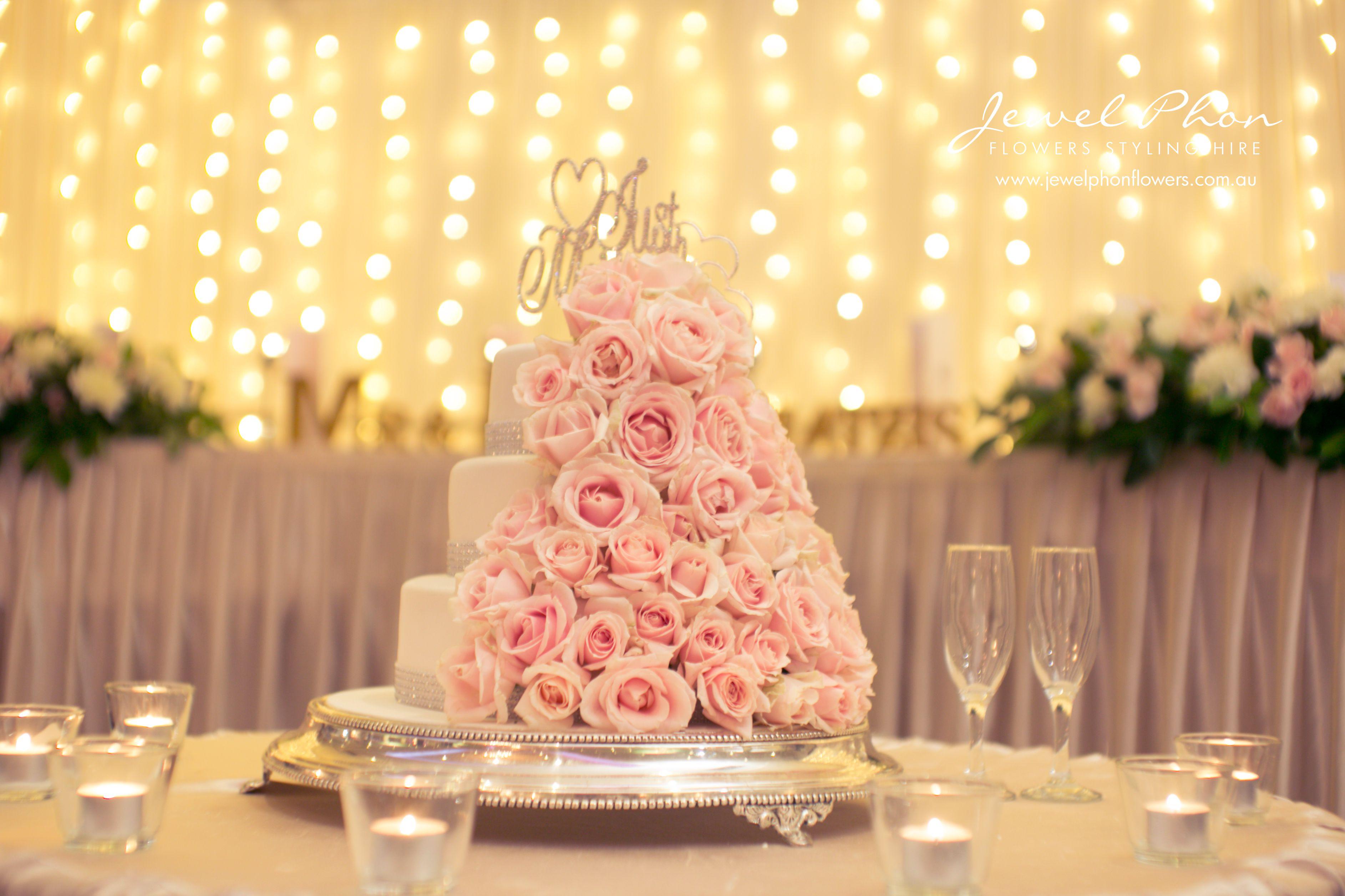Sandra Cake Flowers