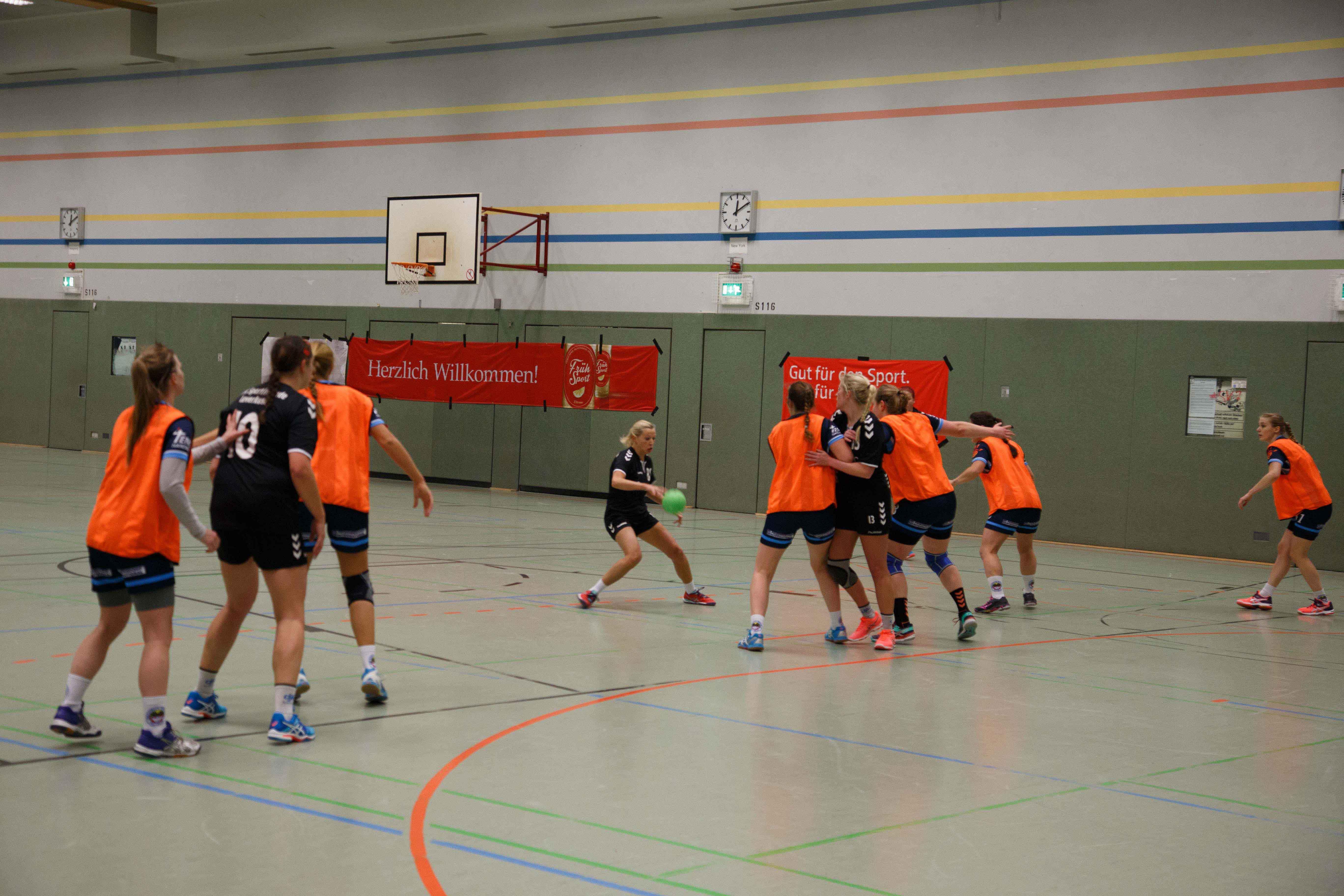 Handball0403