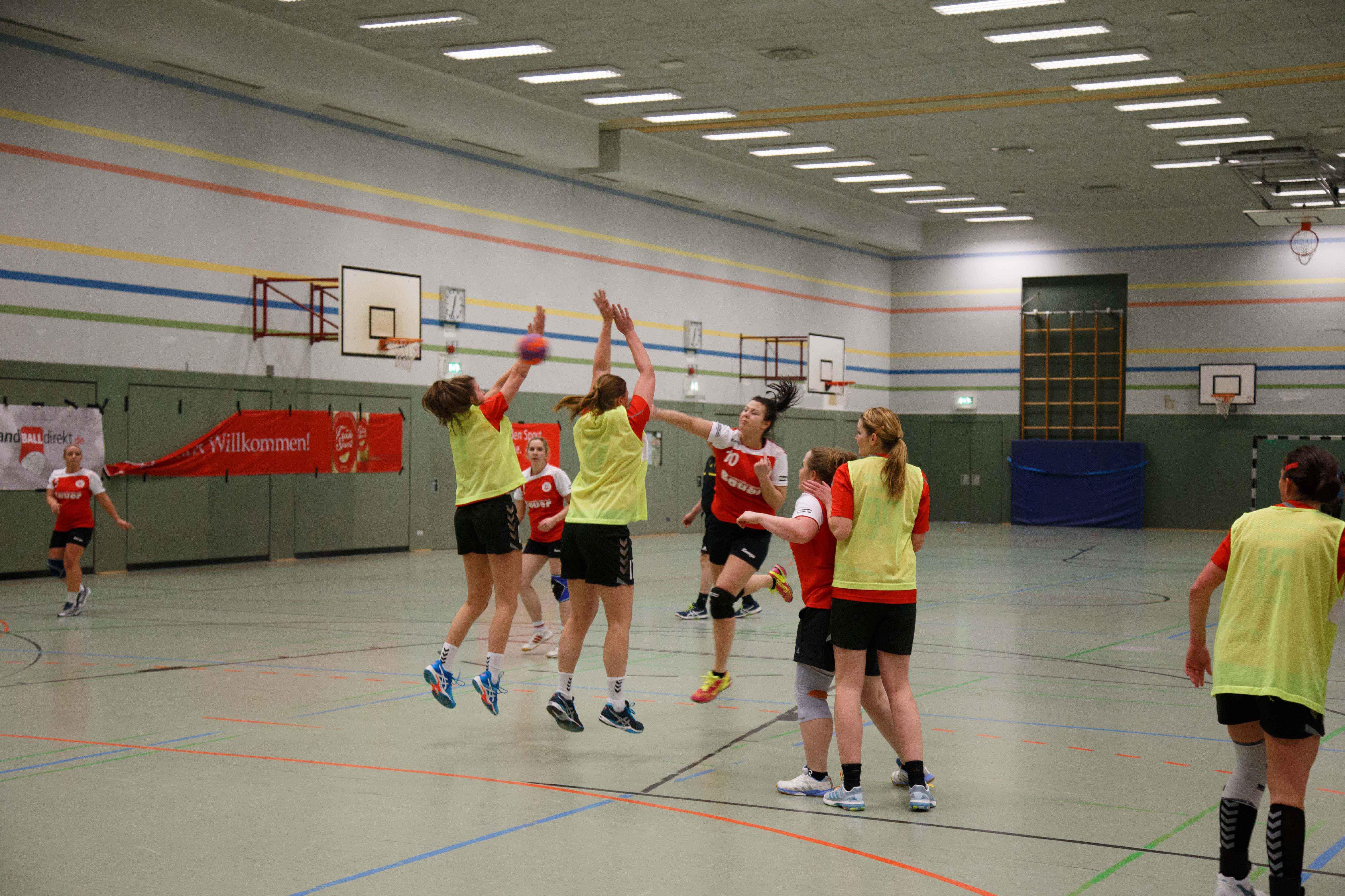 Handball0541