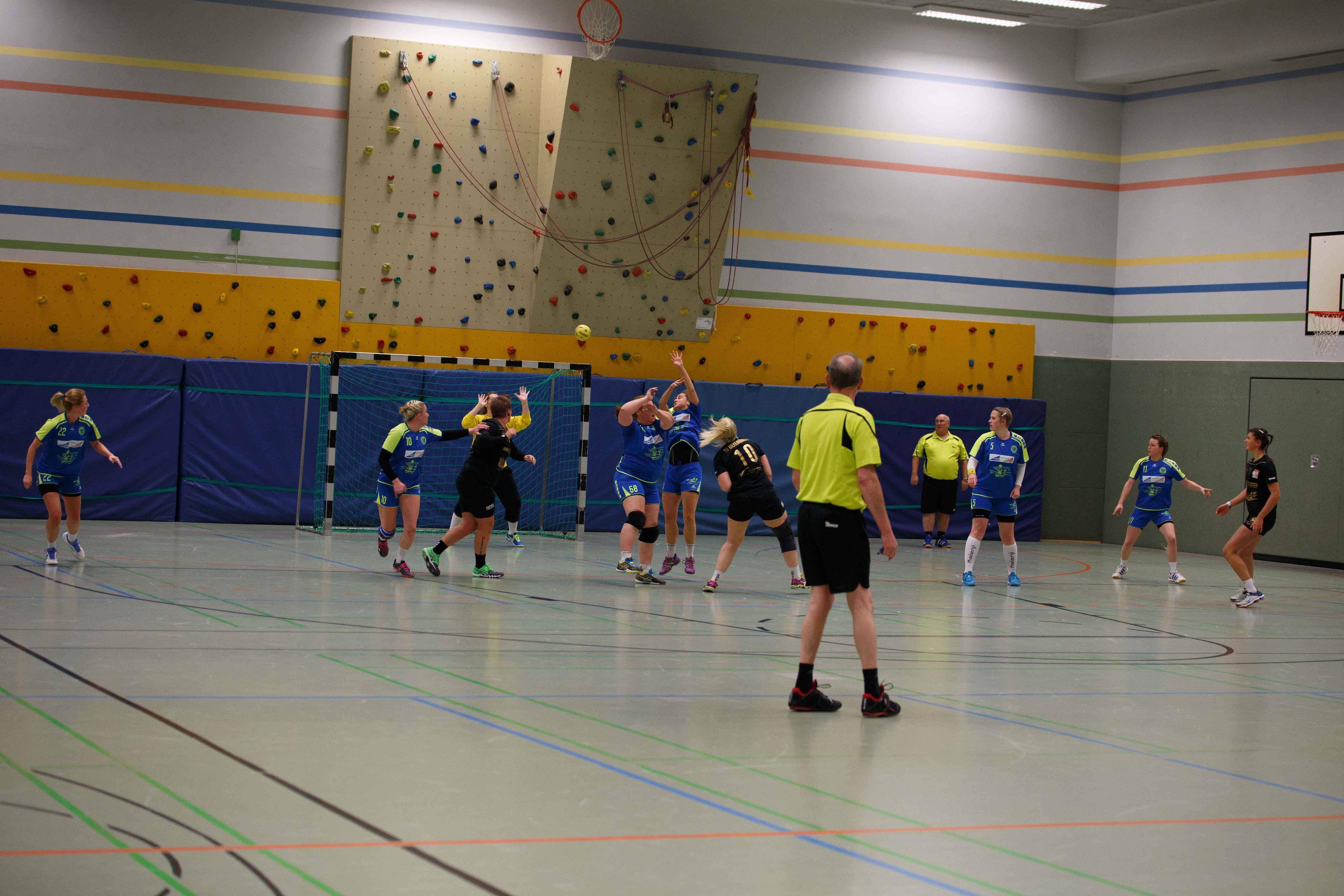 Handball0102