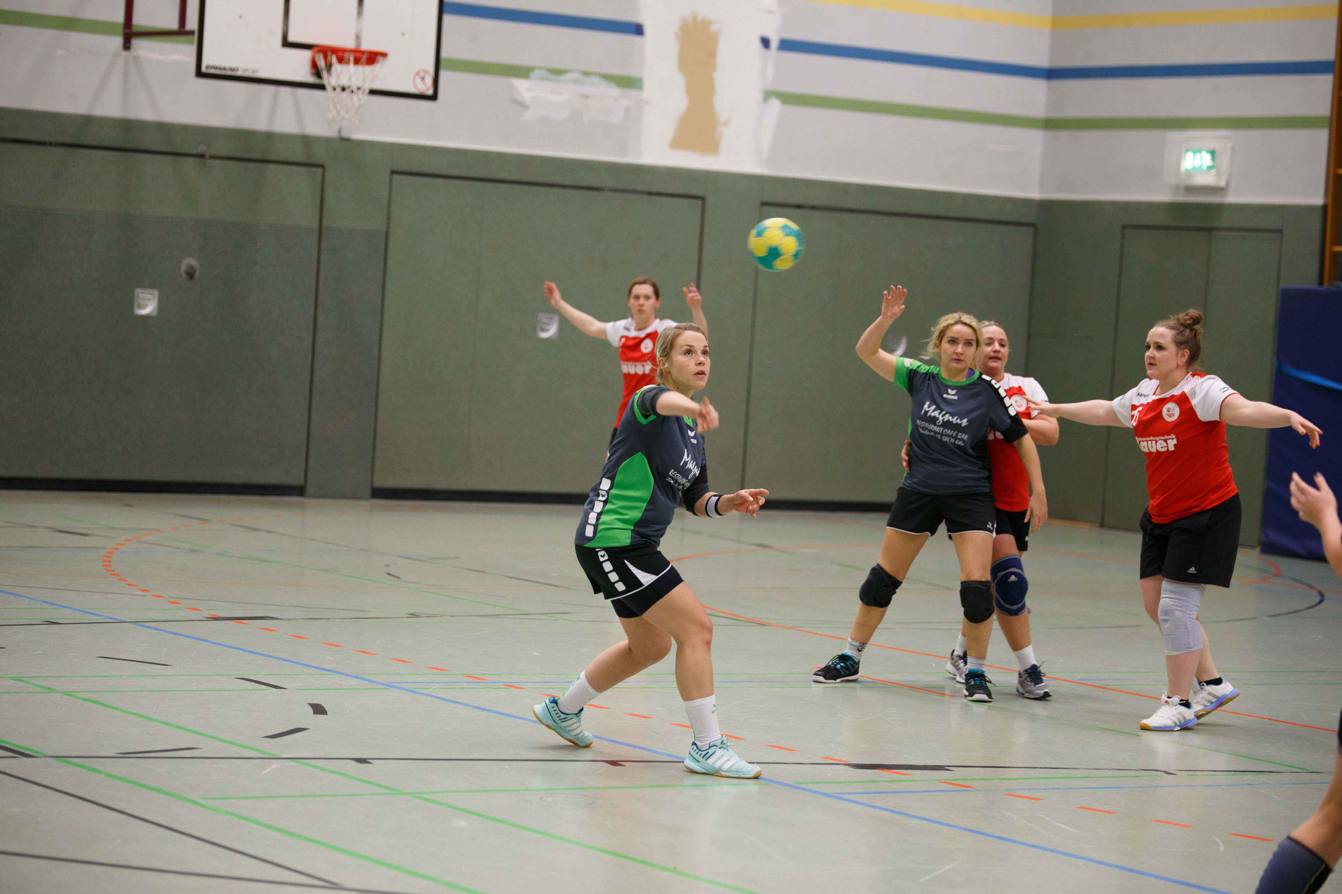 Handball1016