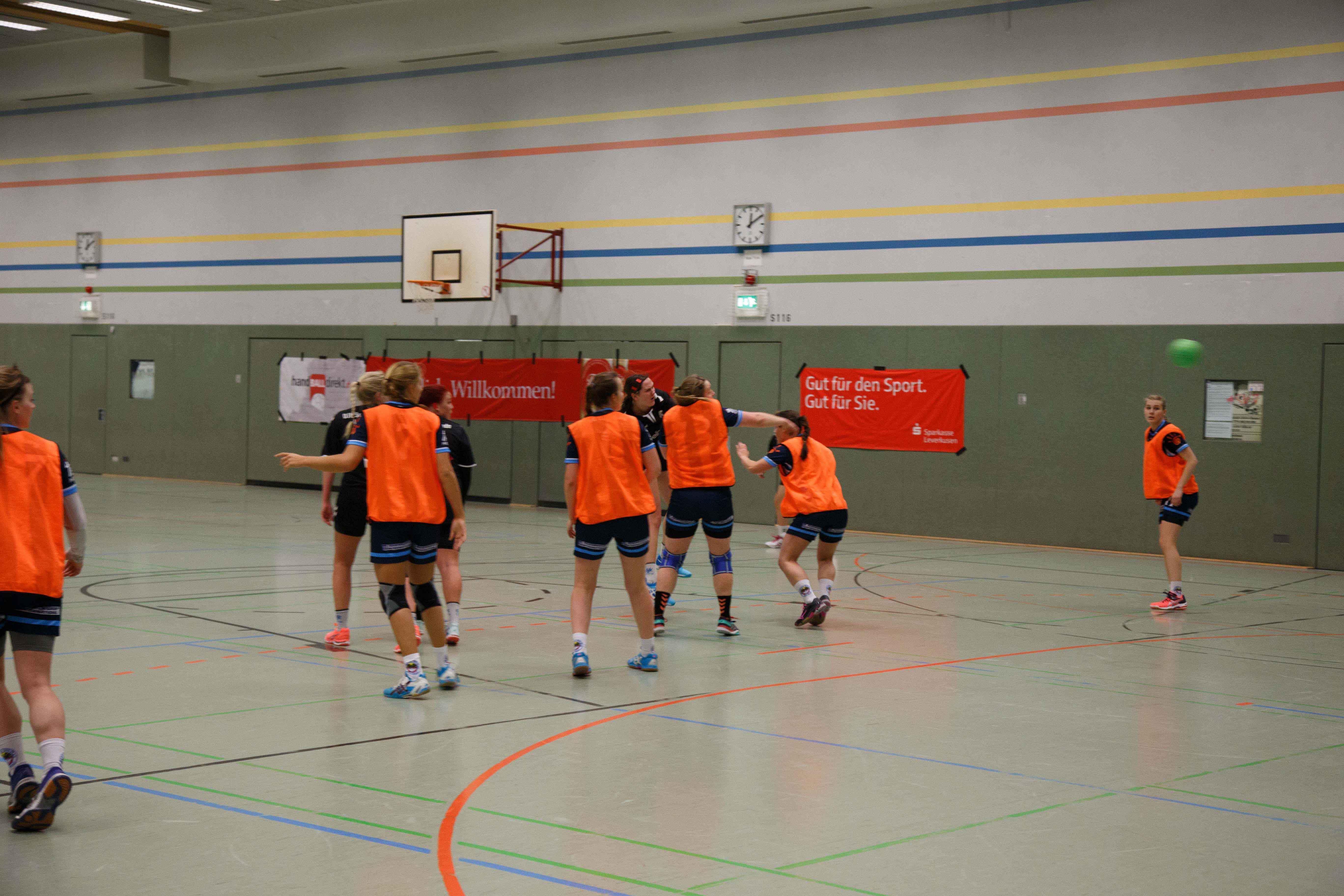Handball0407