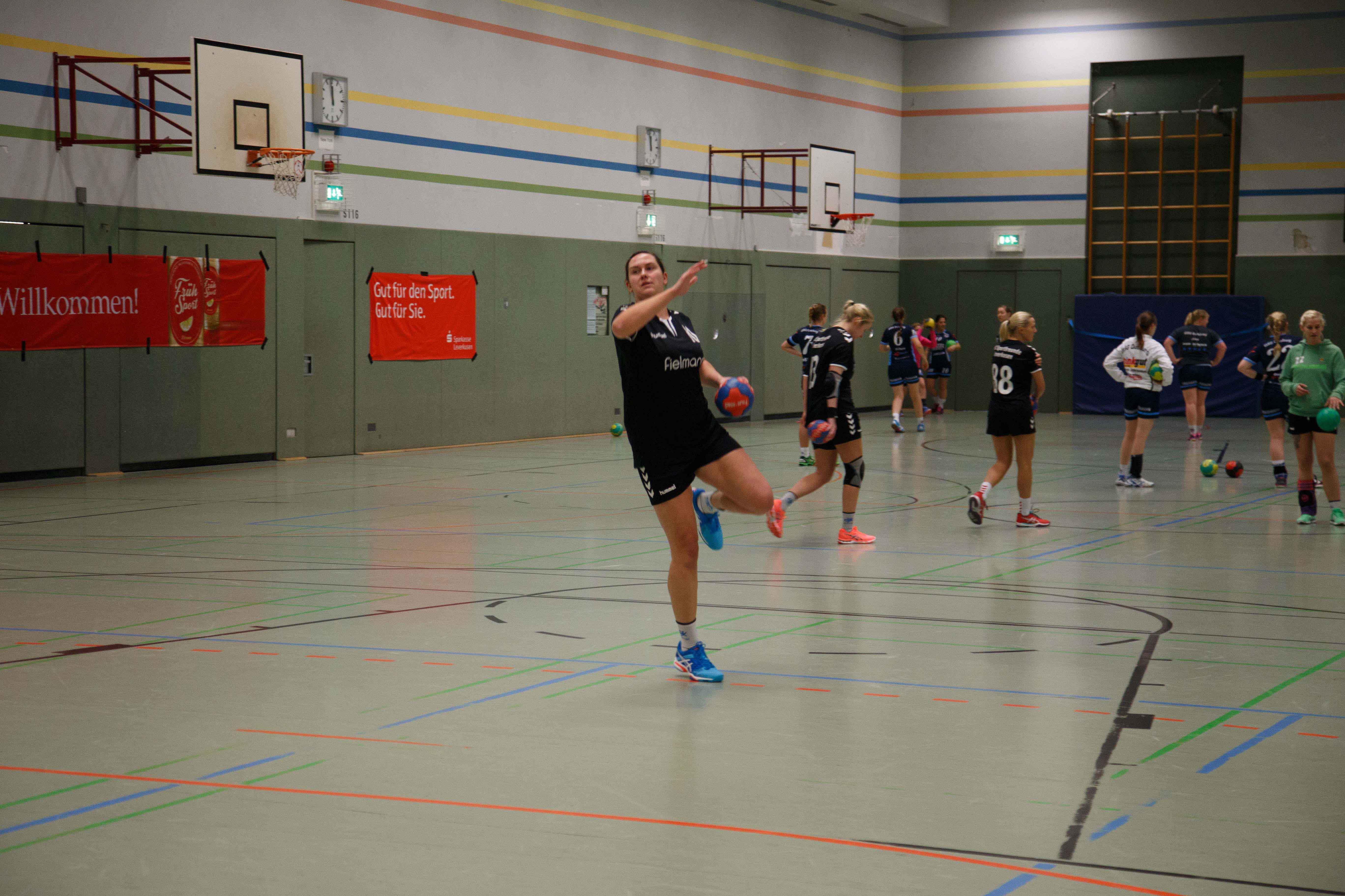 Handball0321