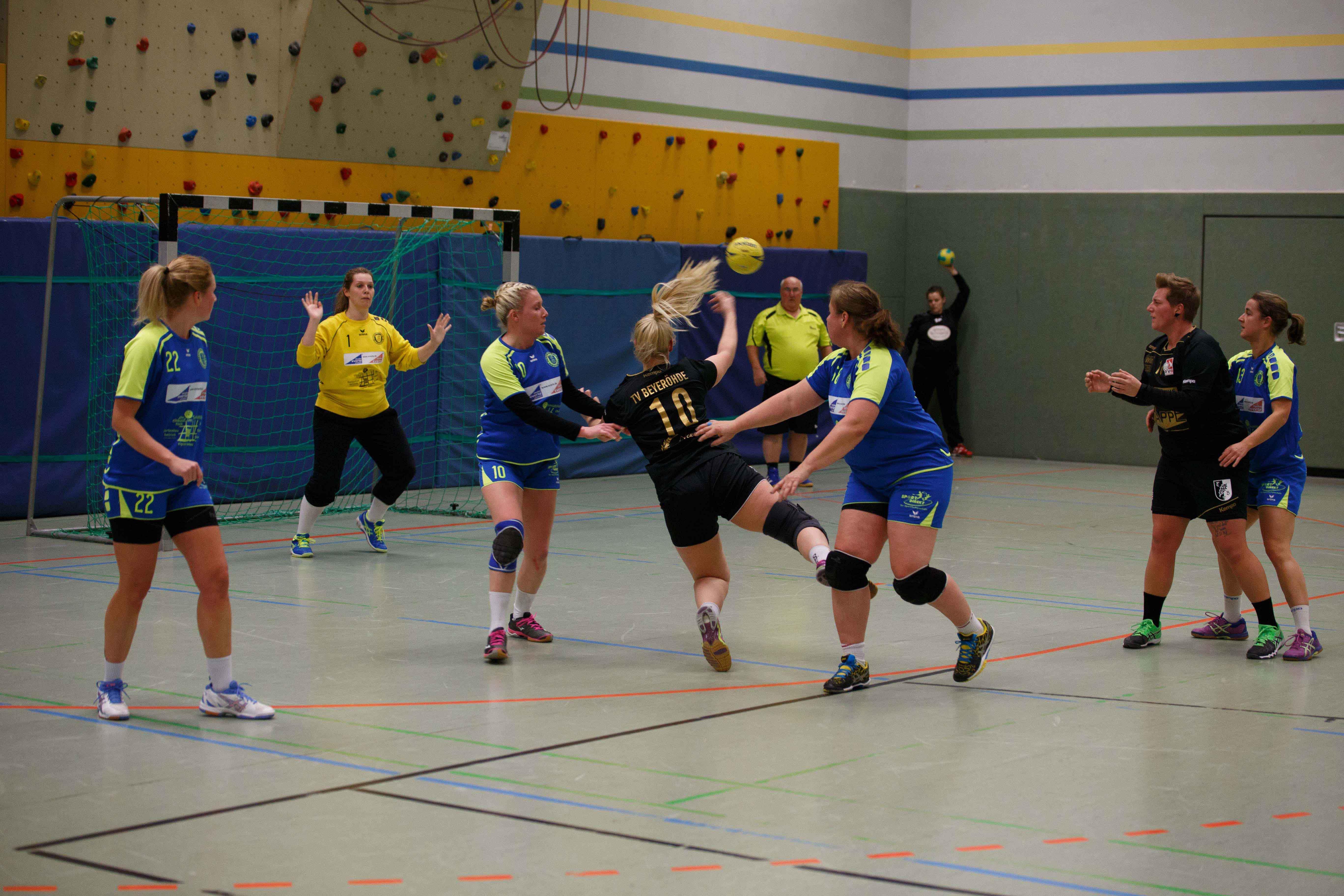 Handball0104