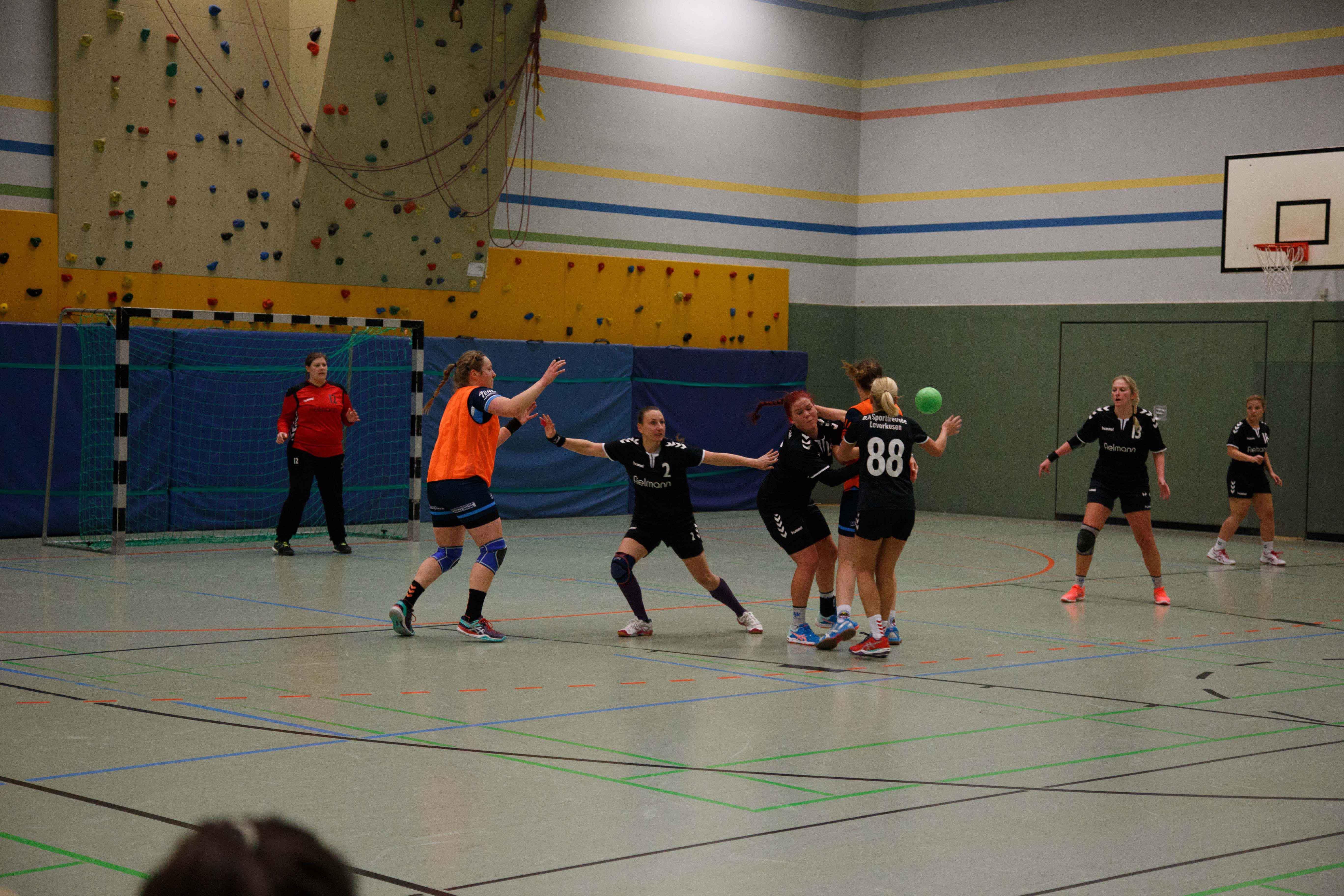 Handball0423