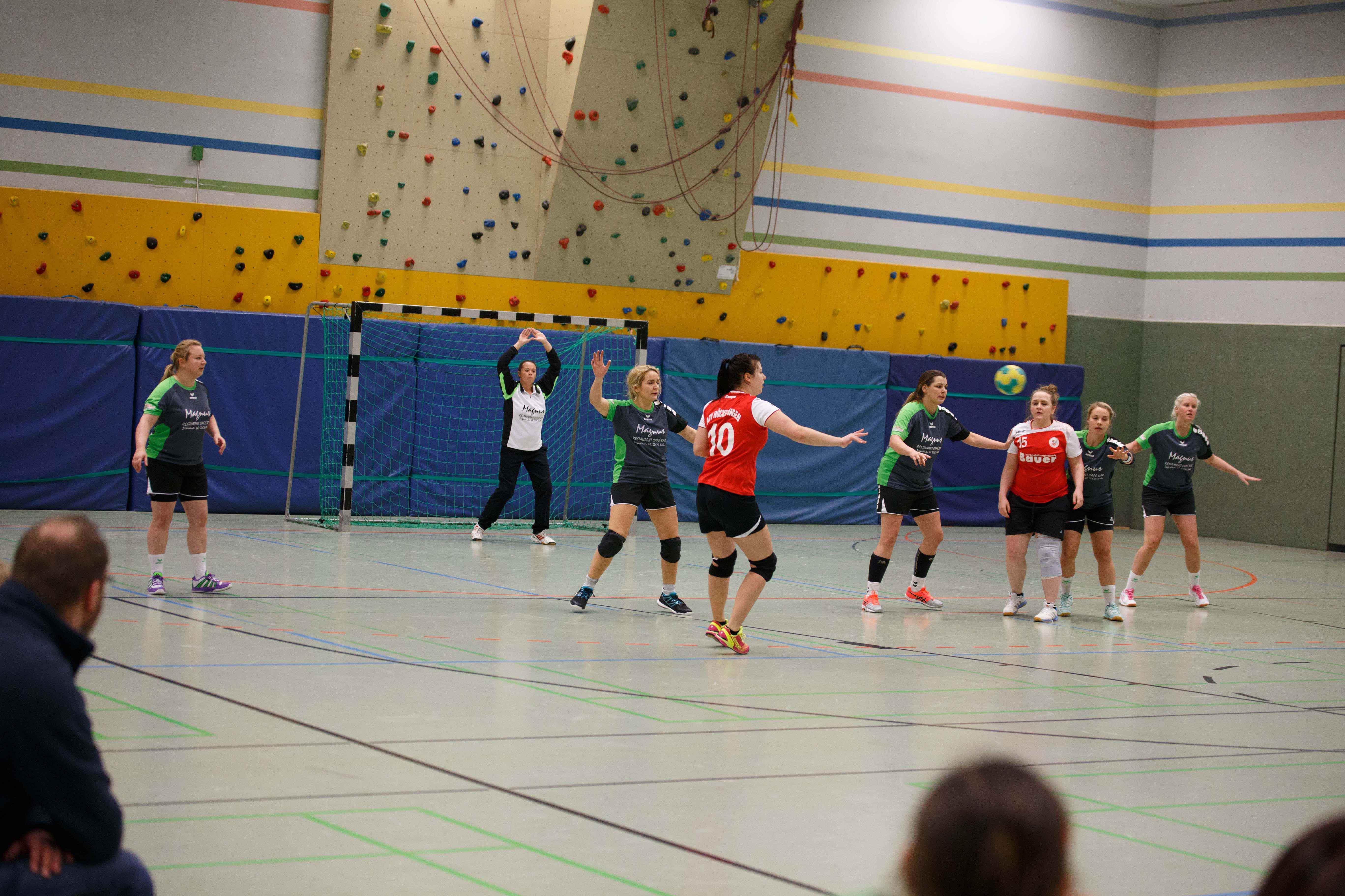 Handball1021