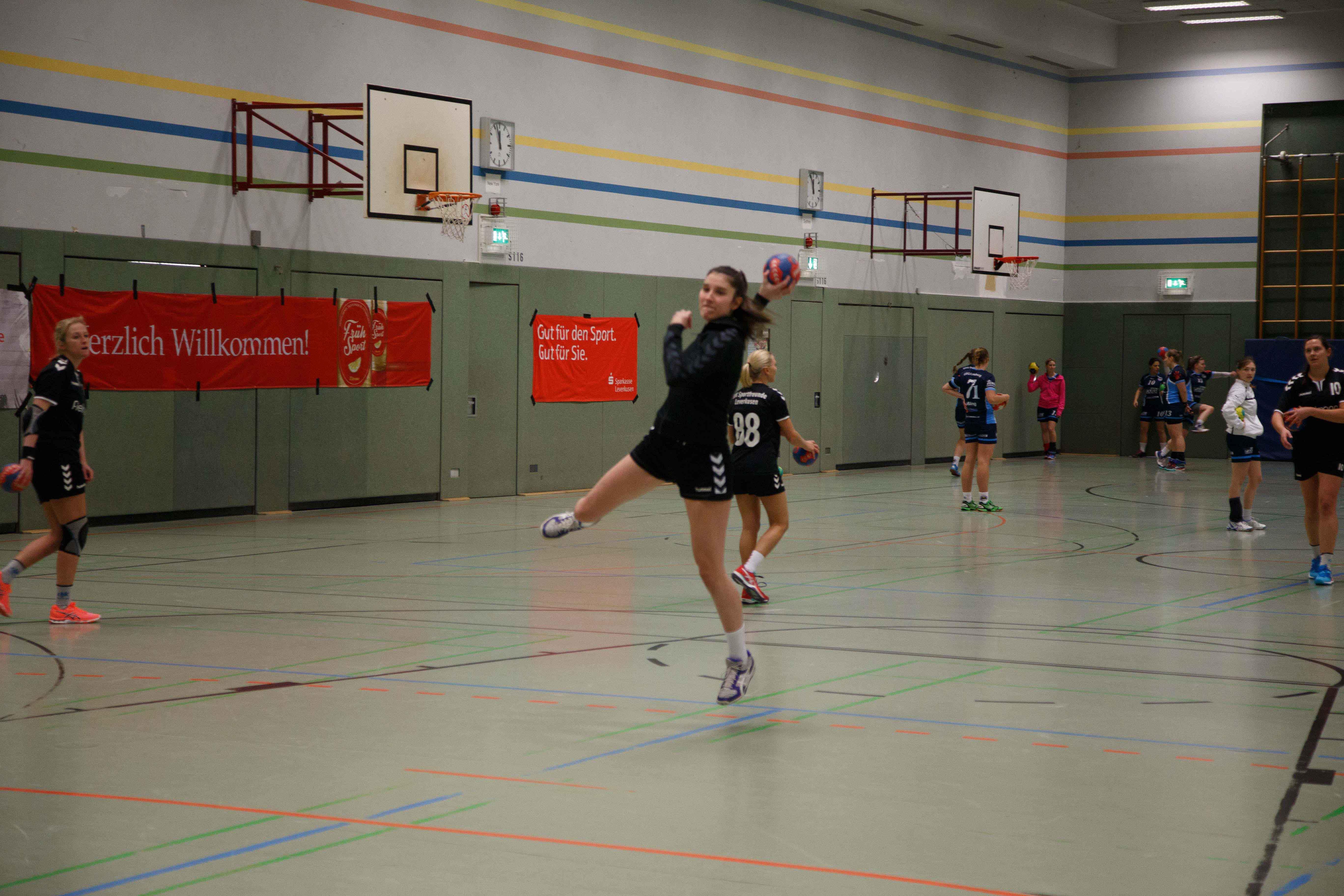 Handball0316