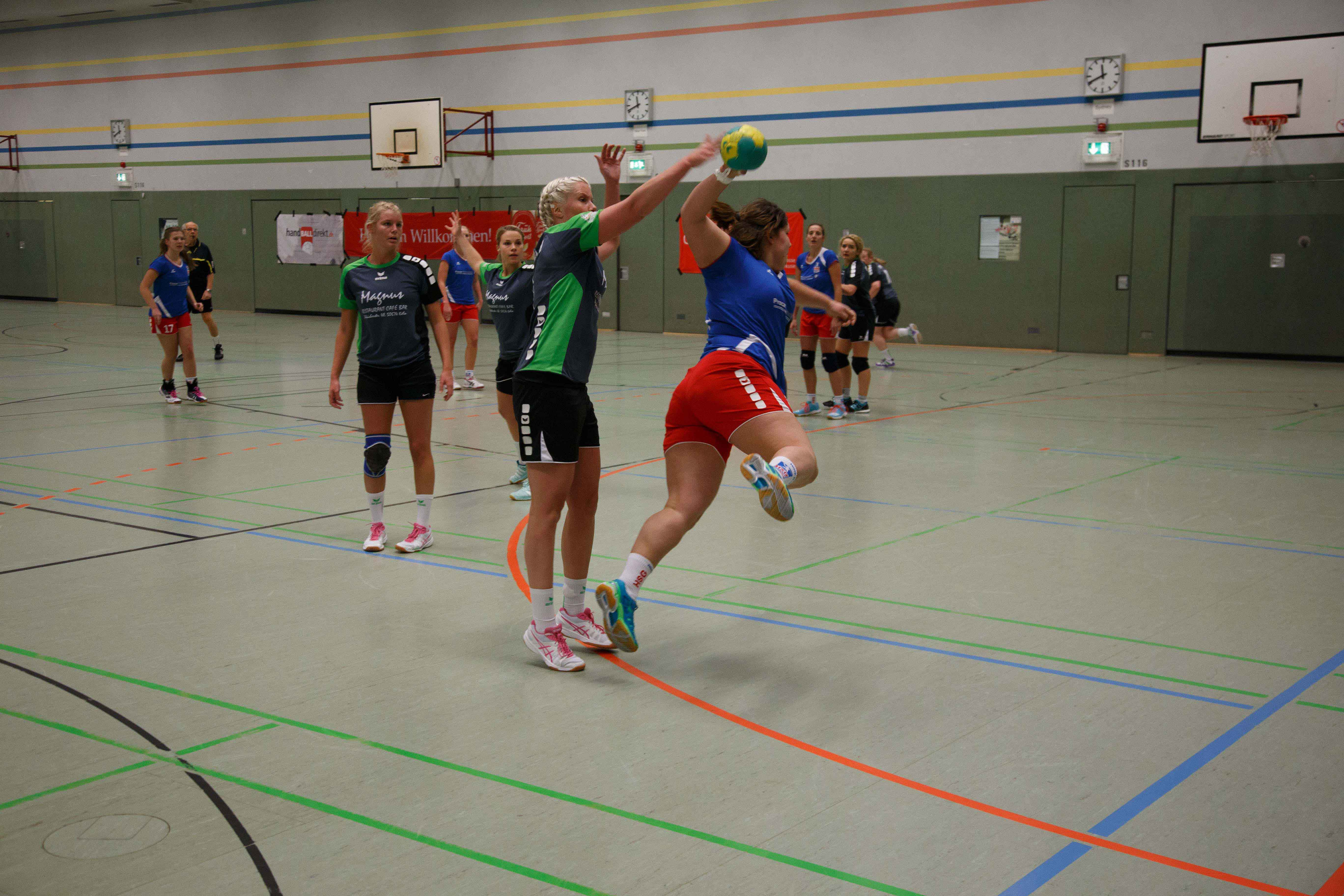 Handball0215