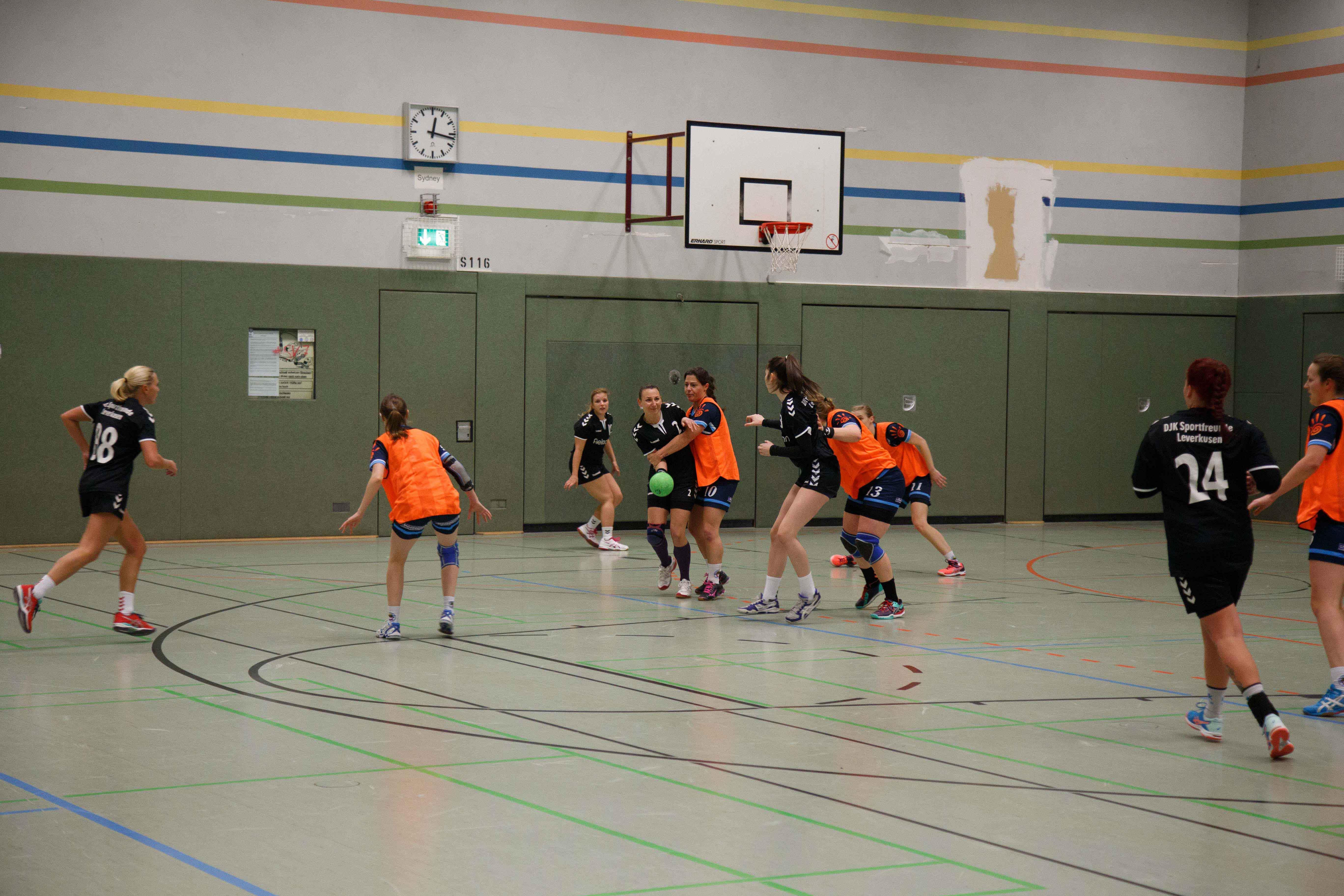 Handball0435