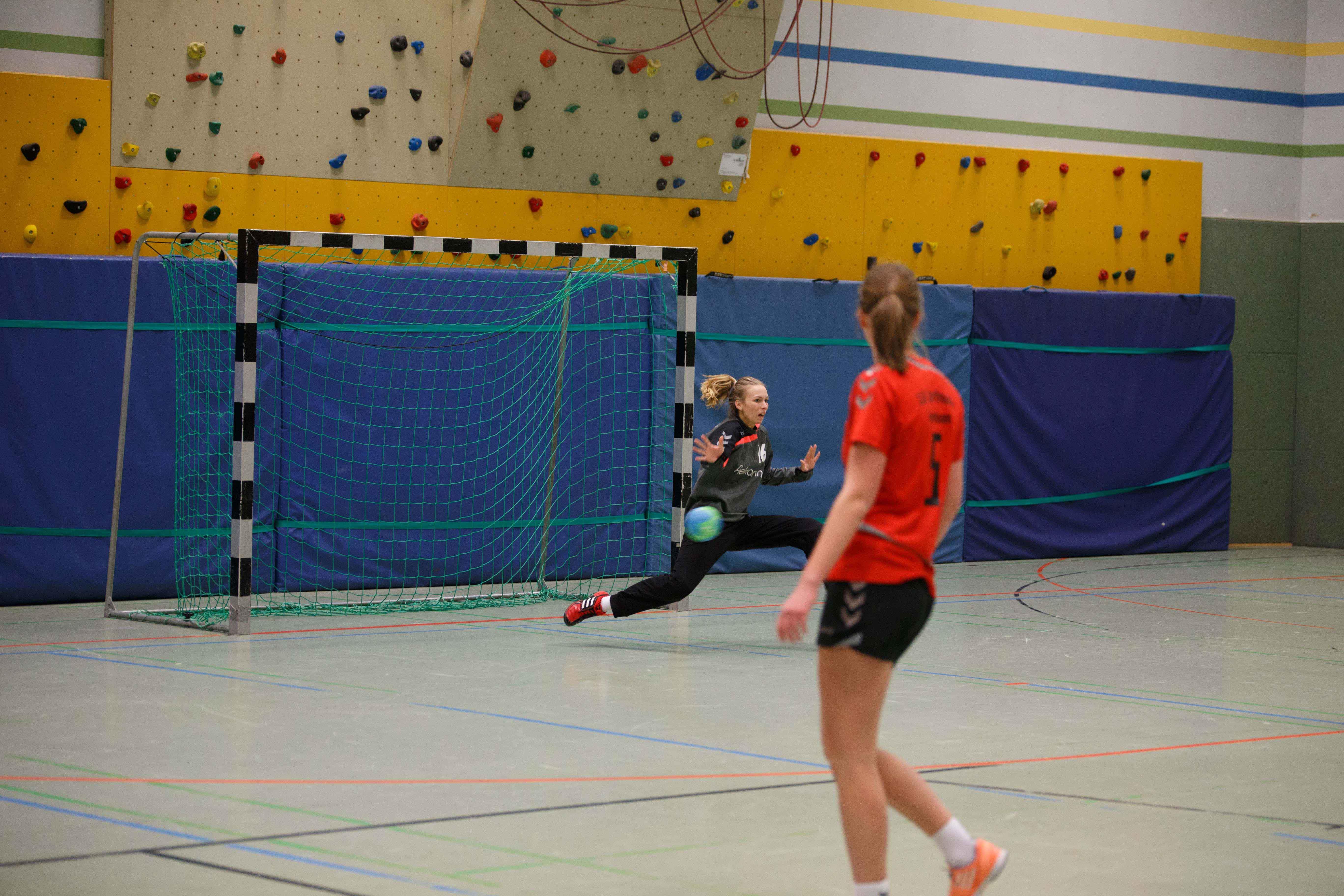 Handball1003