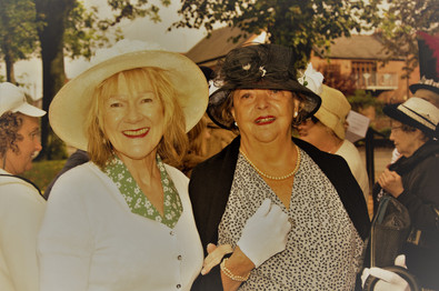 Ann & Christine 30s.jpg