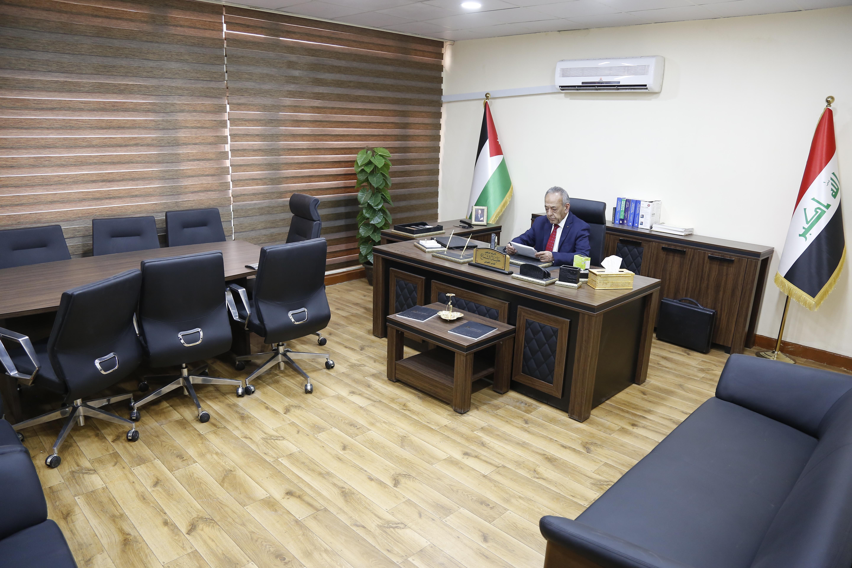 الأستاذ الدكتور خليل الشماع
