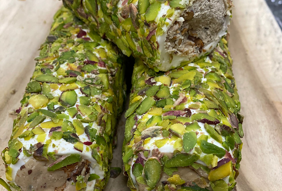 Mega fıstıklı kremalı sarma lokum
