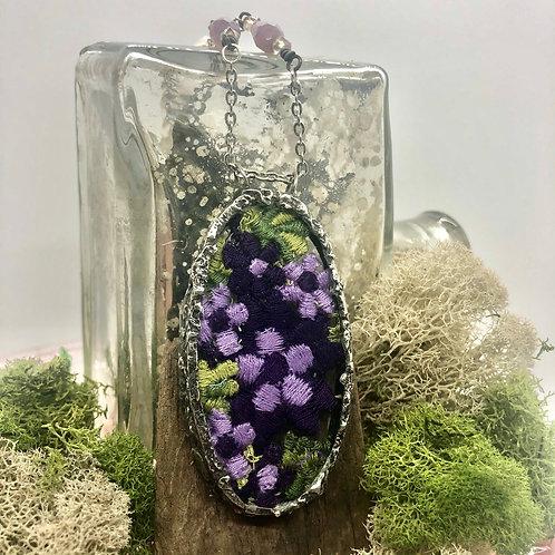 Vintage Flower Trim  Necklace in Large Oval