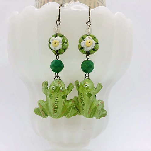 Frog and little lily Earrings