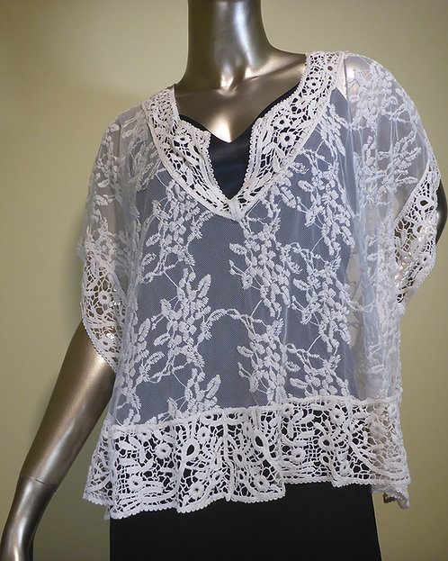 1315 Lace and Crochet Top
