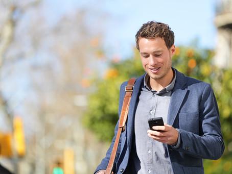 בזמנים שאנשים קוראים תוך כדי הליכה המסר שלך צריך לעבור תוך פחות משניה