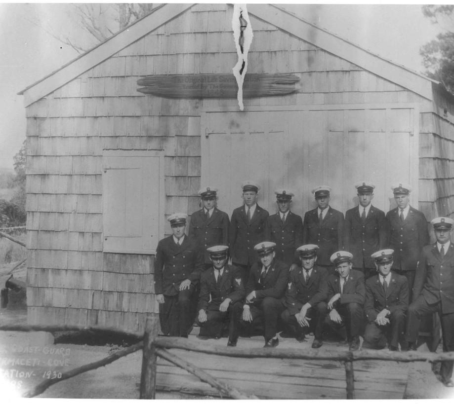 CG Crew at Spermaceti Cove LSS 1930.jpg